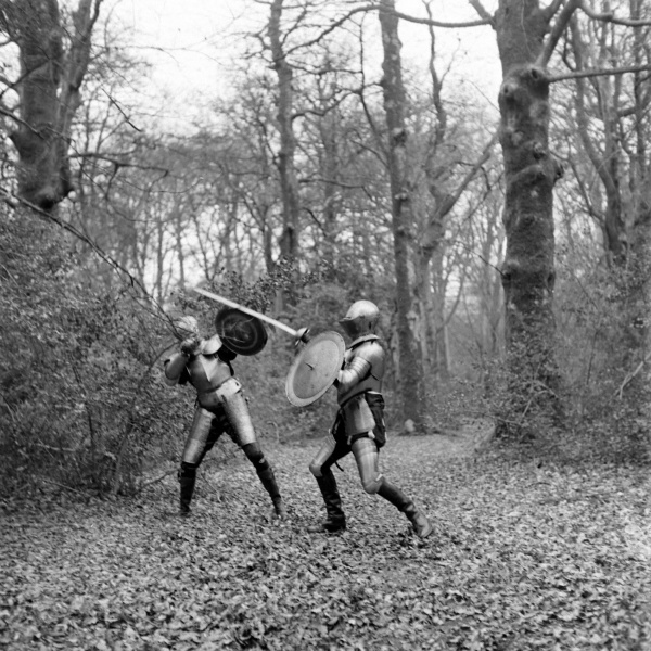 File:1948-03-adrian-conan-doyle-and-douglas-ash-fighting-in-armour-06.jpg