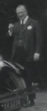File:Conan-doyle-home-movie-footage-01-man.jpg
