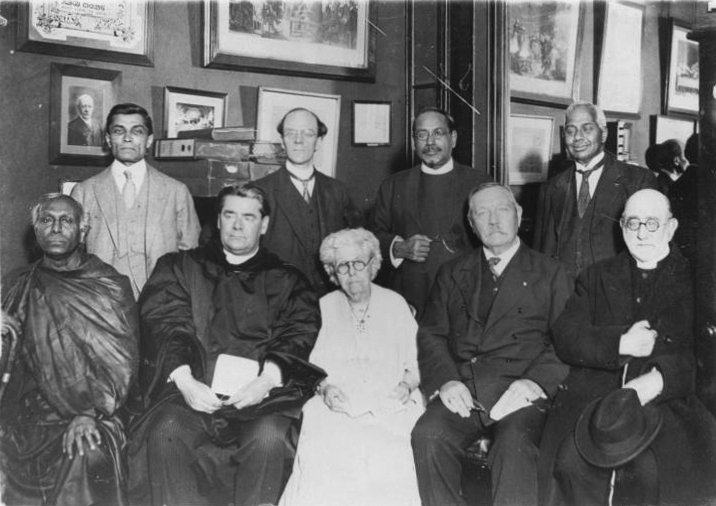 File:1927-10-08-arthur-conan-doyle-many-faiths-at-a-peaceful-conference.jpg
