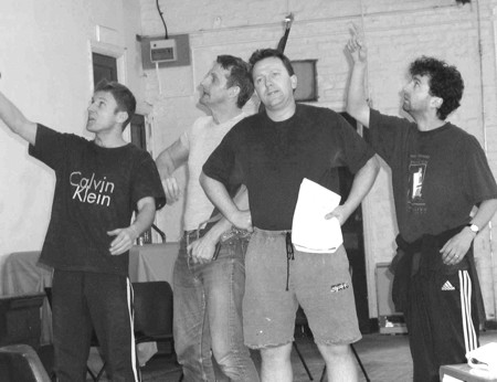 2003-the-lost-world-devitt-rehearsal-01.jpg