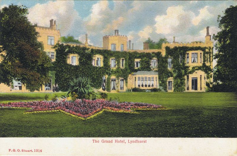 File:08-lyndhurst-grand-hotel-southern-view-of-east-wing-ca-1900.jpg