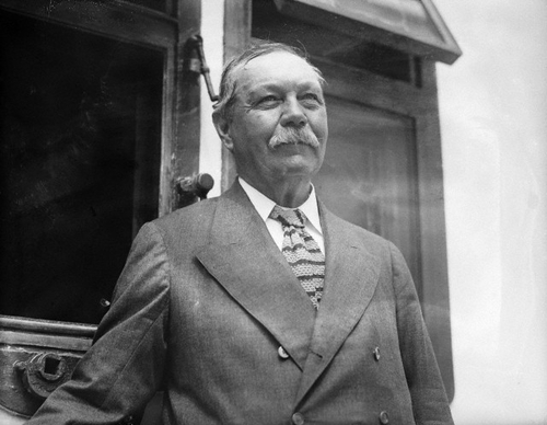 File:1922-06-24-arthur-conan-doyle-on-rms-adriatic.jpg