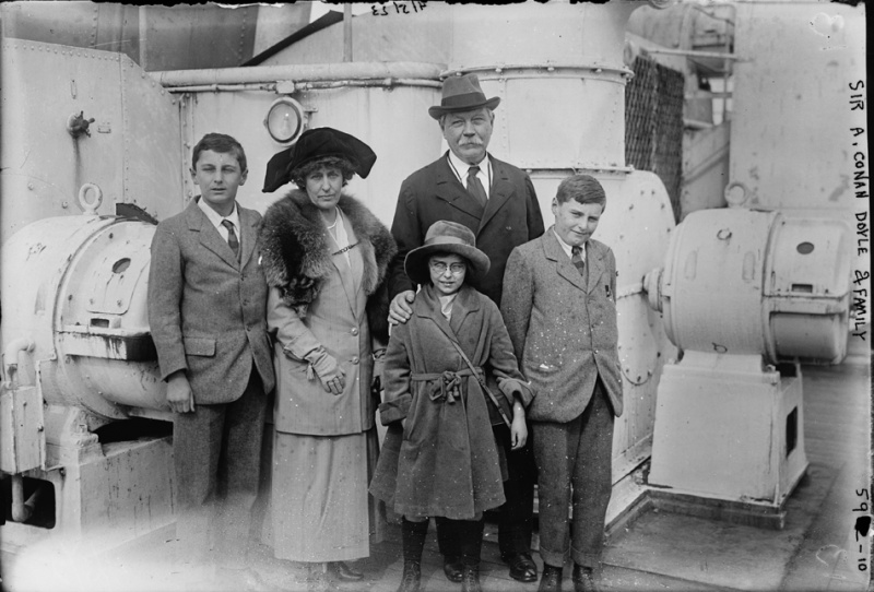 File:1923-04-03-sir-arthur-conan-doyle-and-family-ship-olympic1.jpg