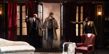 2014-sherlock-holmes-and-the-hound-of-the-baskervilles-bushey-06.jpg