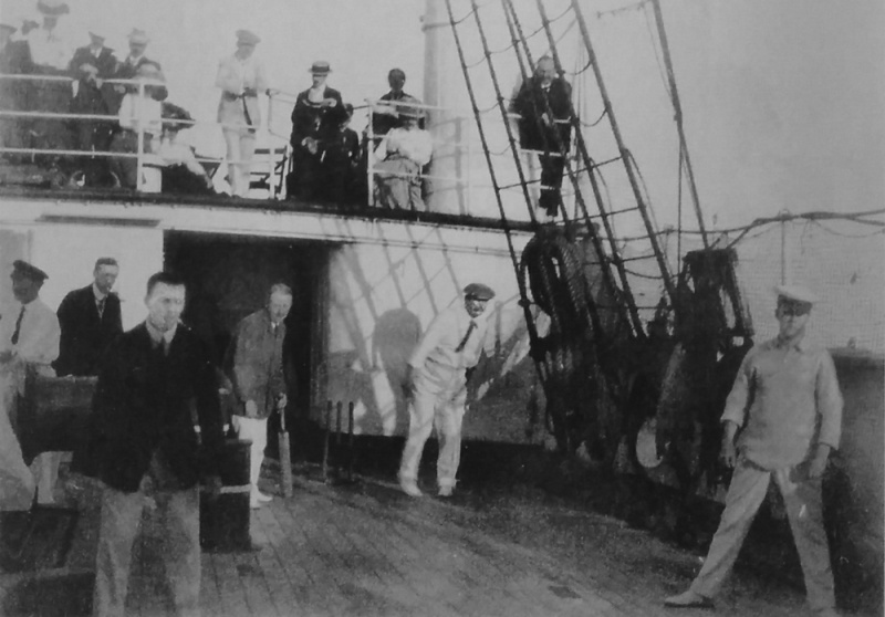 File:1909-09-arthur-conan-doyle-playing-cricket-on-rms-dunottar-castle-deck.jpg