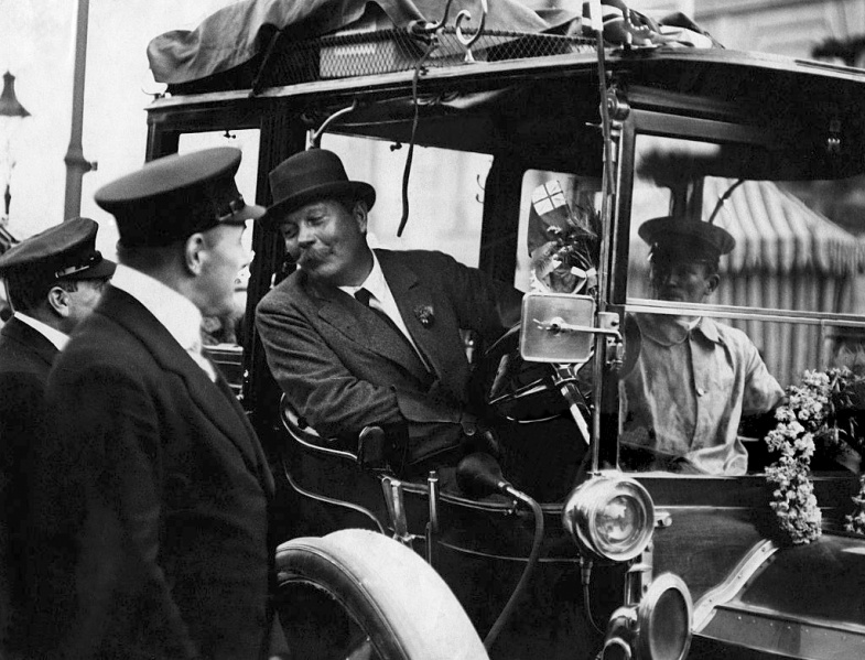 File:1911-arthur-conan-doyle-prince-henry-tour-with-number-52-green-dietrich-lorraine.jpg