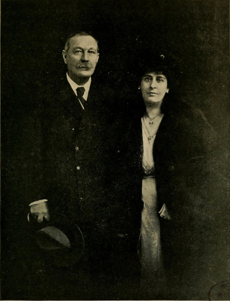 File:Hodder-stoughton-1921-09-02-the-wanderings-of-a-spiritualist-06.jpg