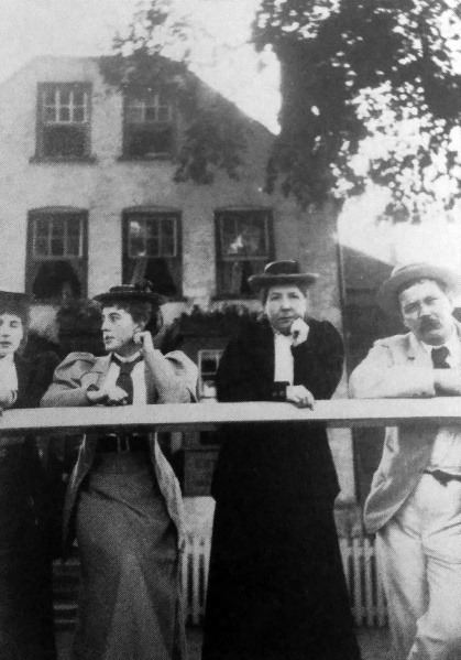 File:1892-arthur-conan-doyle-with-nemmie-connie-joey-hare-on-holiday-in-norway.jpg