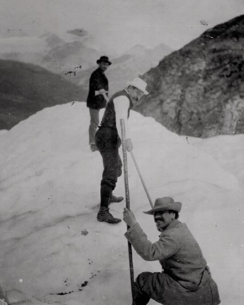 File:1893-arthur-conan-doyle-in-switzerland-probably-on-the-findelen-glacier.jpg